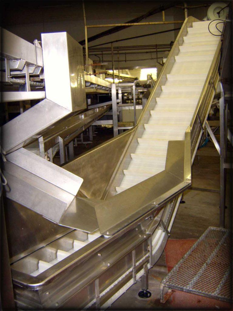 Stainless steel fabrication of supply conveyor