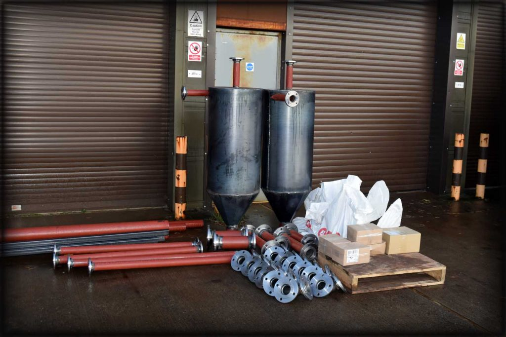 Welded pipe spools and cyclones